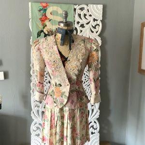Vintage Nah Nah collection   floral blazer sz 8